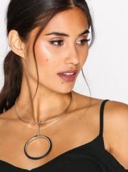 NLY Accessories Rubber Torq Drop Necklace Halskæde Sølv