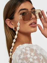 NLY Accessories Seashell Sunglasses Chain Solbriller