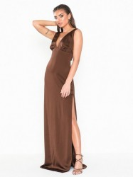 NLY Eve Deep Plunge Satin Gown Tætsiddende kjoler