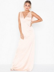 NLY Eve Draped Deep Back Gown Maxikjoler