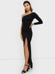 NLY Eve Irresistible One Shoulder Gown Tætsiddende kjoler