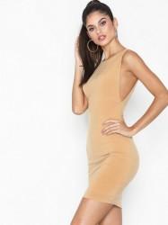 NLY One Side Boob Dress Tætsiddende kjoler