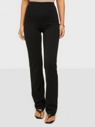 NLY One Straight Crepe Pant Bukser Sort