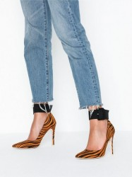 NLY Shoes Buckle Pump High Heel