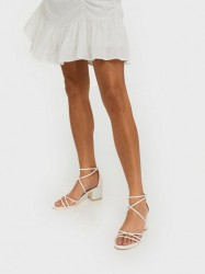 NLY Shoes Flirty Strap Low Block Low Heel Hvid