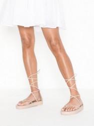 Side 4 Sandaler Se priser og tilbud på Sandaler Køb online
