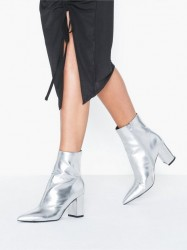 NLY Shoes Perfect Pointy Boot Heel