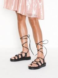NLY Shoes Perfect Toe Loop Sandal Sandaler