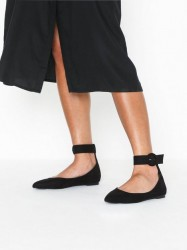 NLY Shoes Pointy Buckle Ballerina Ballerina