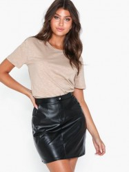NLY Trend Detailed Pu Skirt Mini nederdele