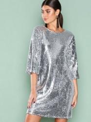 NLY Trend Hang Loose Sequin Dress Pailletkjoler Sølv