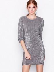 NLY Trend Sequin Power Dress Pailletkjoler Sølv