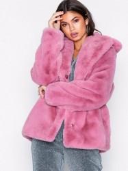 NLY Trend Short Luxury Fur Coat Faux Fur Rosa/Lyserød