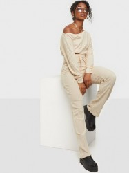 NLY Trend Slouchy Shoulder Set Jumpsuits