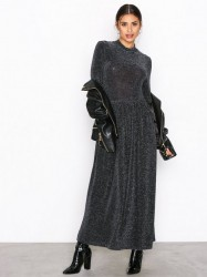 NLY Trend Sparkling Polo Dress Pailletkjoler Sort