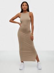 NLY Trend Sporty Cut Dress Maxikjoler