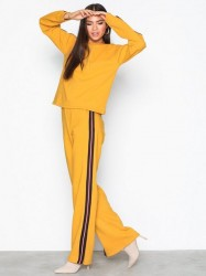 NLY Trend Stripe Sweat Set Jumpsuits Mustard