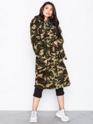 NLY Trend Tie Waist Teddy Coat Faux Fur Camo