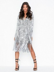 NLY Trend Wrap Fringe Sequin Dress Pailletkjoler