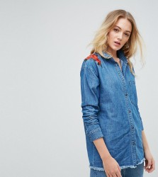 Noisy May Tall Denim Shirt With Floral Embroidery - Blue
