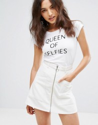 NVME Queen Of Selfies T-Shirt - White