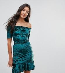 Oh My Love Tall Velvet Off Shoulder Pephem Dress - Green