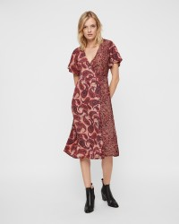 ONLY Korte Amelia kjole