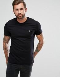Original Penguin Small Logo T-Shirt Slim Fit in Black - Black