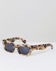 Pared Small Cat Eye Sunglasses In Tort - Beige
