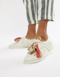 Paul & Joe Sister Tassle Shoe - White