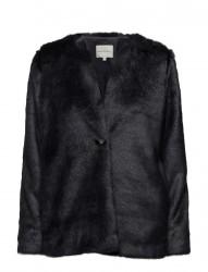 Pella Jacket