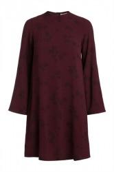 Pieces - Kjole - PC Nadea LS Dress - Port Royale