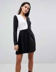 PrettyLittleThing Colour Block Pleated Dress - Black