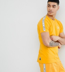 Puma T-Shirt With Taped Side Stripe In Yellow Exclusive To ASOS - Yellow