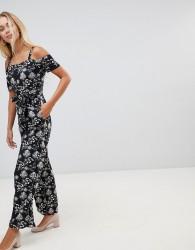 QED London Cold Shoulder Floral Print Culotte Jumpsuit - Black