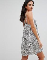 QED London Printed Cami Swing Dress - Black