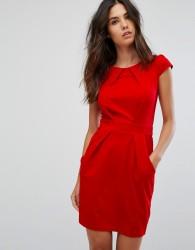 QED London Tulip Pencil Dress - Red