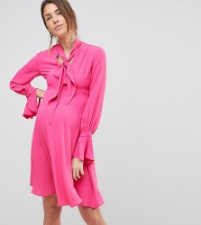 Queen Bee Dress With Tie Neck Detail - Pink
