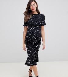 Queen Bee short sleeve midi dress with flippy hem in polka dot print - Multi