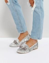 Qupid Bow Velvet Slipper Flat Shoe - Grey