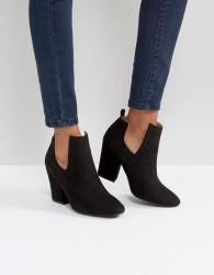 Qupid Mid Heel Boot - Black
