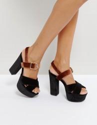Qupid Platform Velvet Sandal - Black