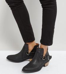 Qupid Western Trim Boot - Black