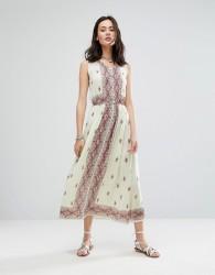 Raga Endless Love Sleeveless Patterned Maxi Dress - White