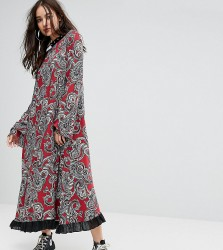 Reclaimed Vintage Inspired Flare Sleeve Maxi Dress With Studded Neck Trim - Red