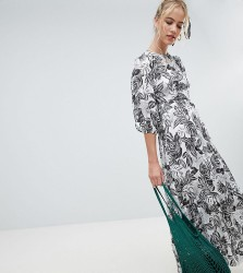 Reclaimed Vintage inspired mono print maxi dress with open back - Multi