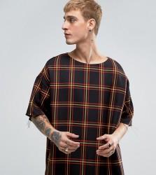 Reclaimed Vintage Inspired Oversized T-Shirt In Check - Black