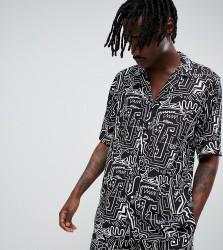 Reclaimed Vintage inspired printed shirt - Black