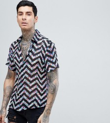 Reclaimed Vintage Inspired Shirt With Short Sleeves In Black With Floral Zig Zag Reg Fit - Black