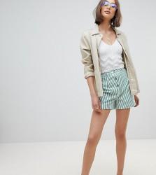 Reclaimed Vintage Inspired Stripe Mom Short - Multi